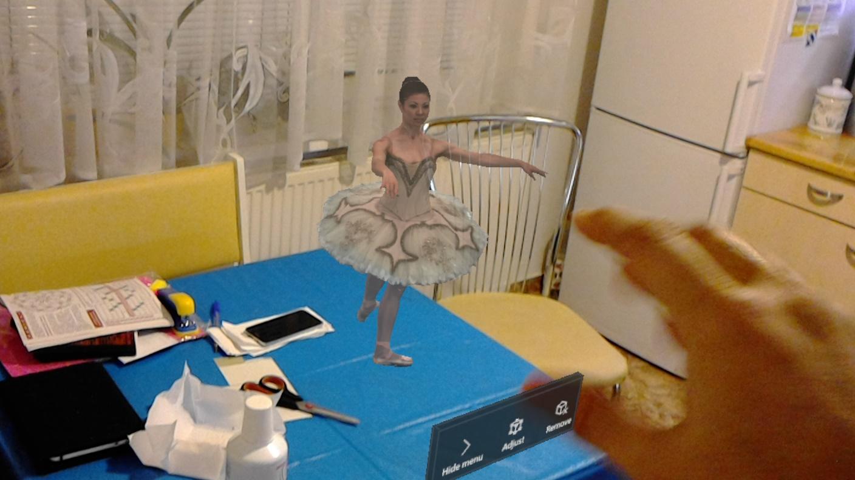 Použitie virtuálnej prilby HoloLens