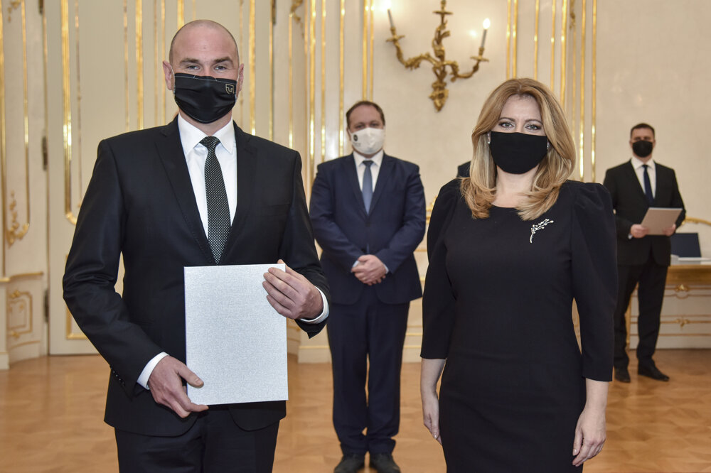 prof. Jaroslav Porubän a prezidentka SR Zuzana Čaputová